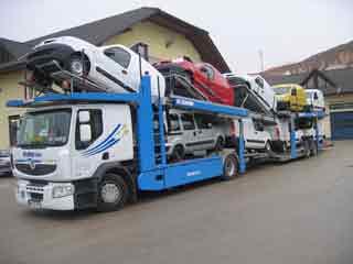 El Premium combina una cabina compacta con capacidades para largo recorrido.