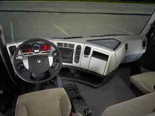 Interior de la cabina del Renault Premium Ruta.