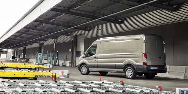 El Transit de Ford resulta ahora más ahorrativo con el motor Ecoblue de 2.0 litros.