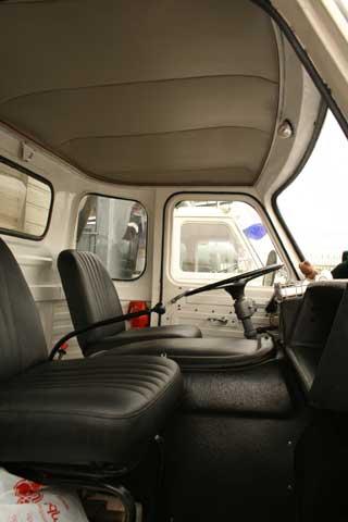 Los Comet contaban con una cabina compacta y de interior simple.
