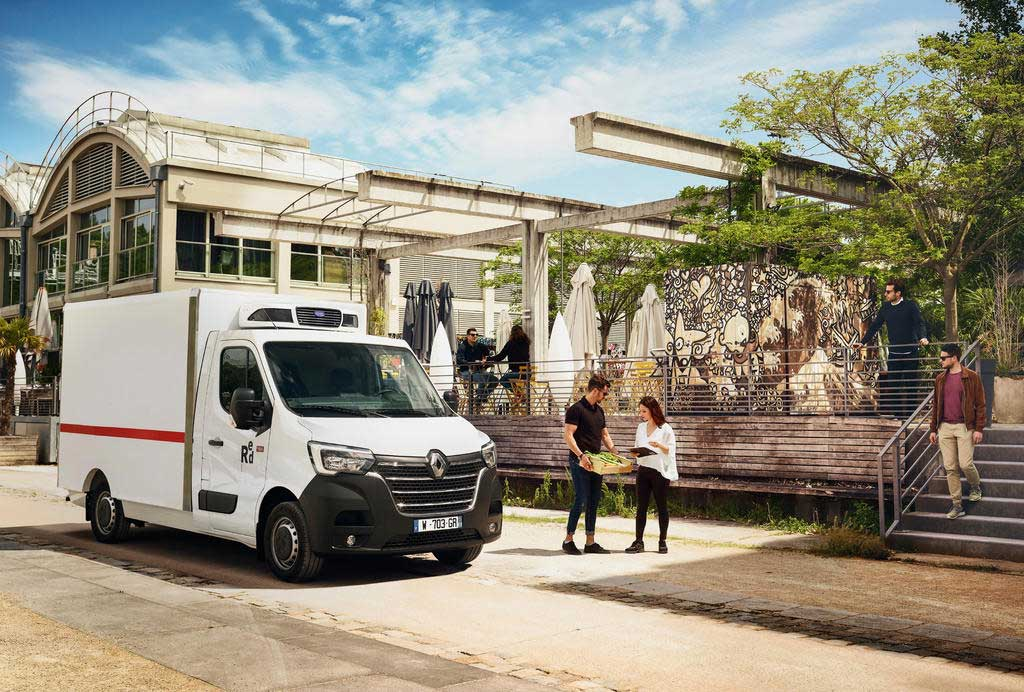 Renault Trucks Master Red Edition