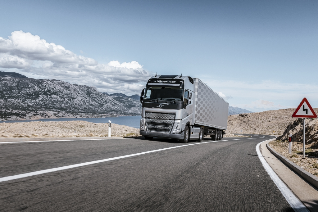 Volvo Trucks FH con I-Save