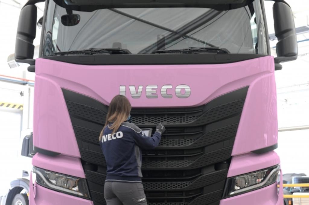 Iveco, contra el cáncer de mama