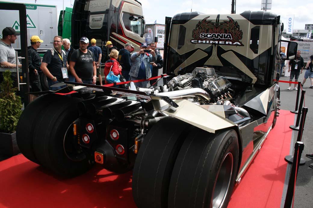 El superdragster Chimera tractora V8 de Svempas.