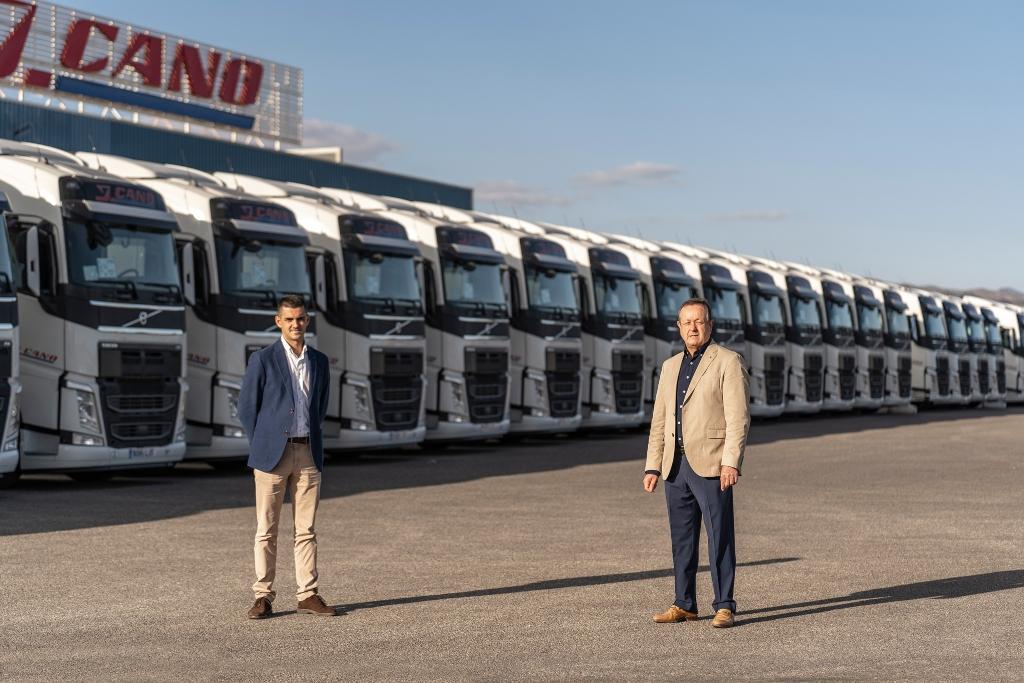 J. Cano incorpora unidades de Volvo