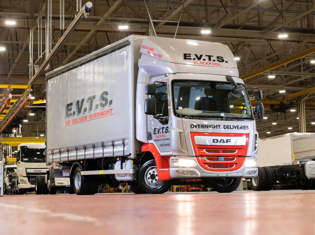 Leyland fabrica el LF número 200.000