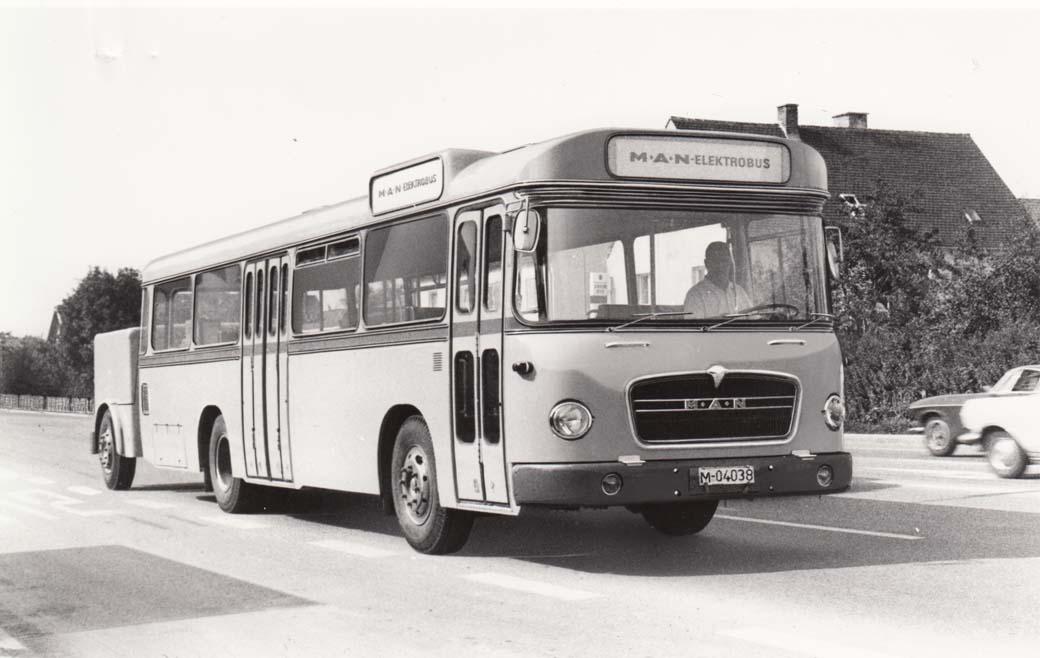Las Olimpiadas de Munich, sede de MAN Truck & Bus, en 1972 ya vieron activa la primera generación de buses eléctricos de la marca.
