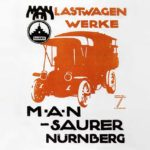 En 1915 MAN fabrica sus primeros camiones, que sin embargo eran modelos Saurer suizos fabricados bajo licencia.