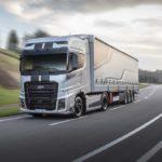 Ford Trucks lanza la Edición Limitada Blackline de su tractora F-MAX con 250 unidades fabricadas.