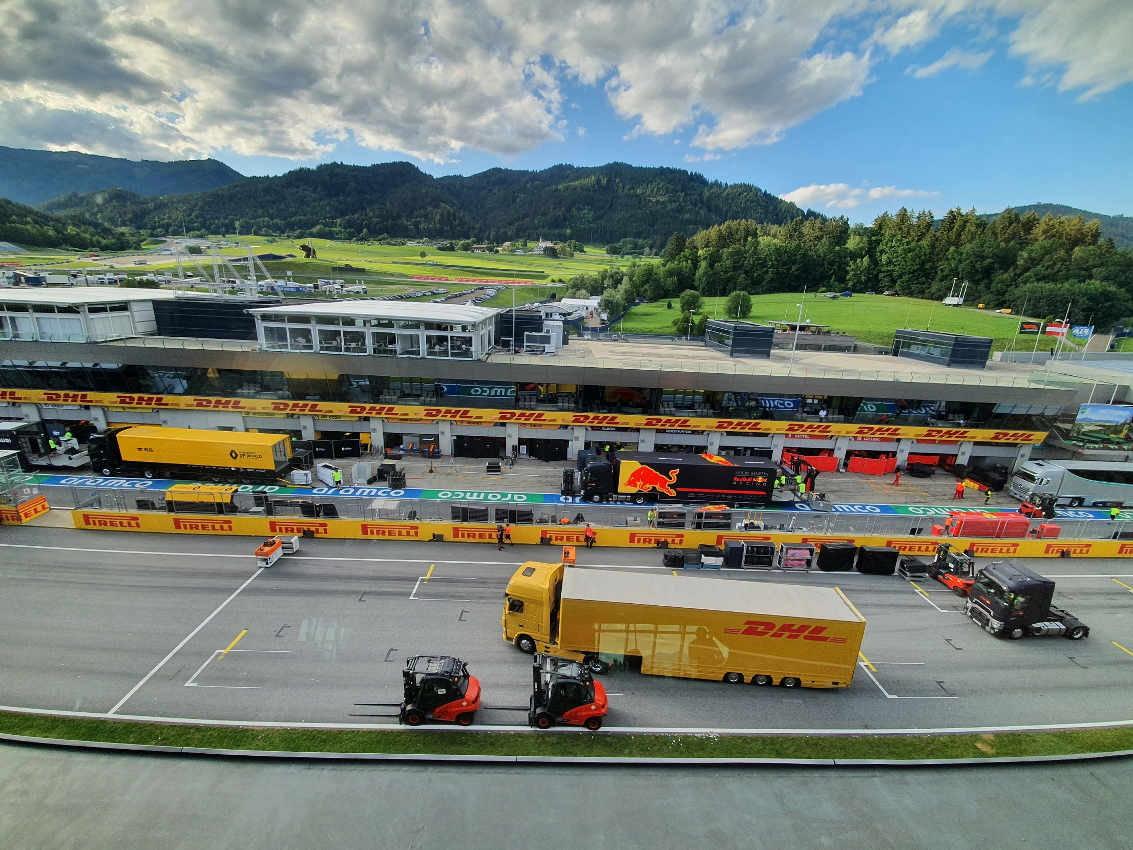 DHL y Fórmula 1 renuevan su colaboración