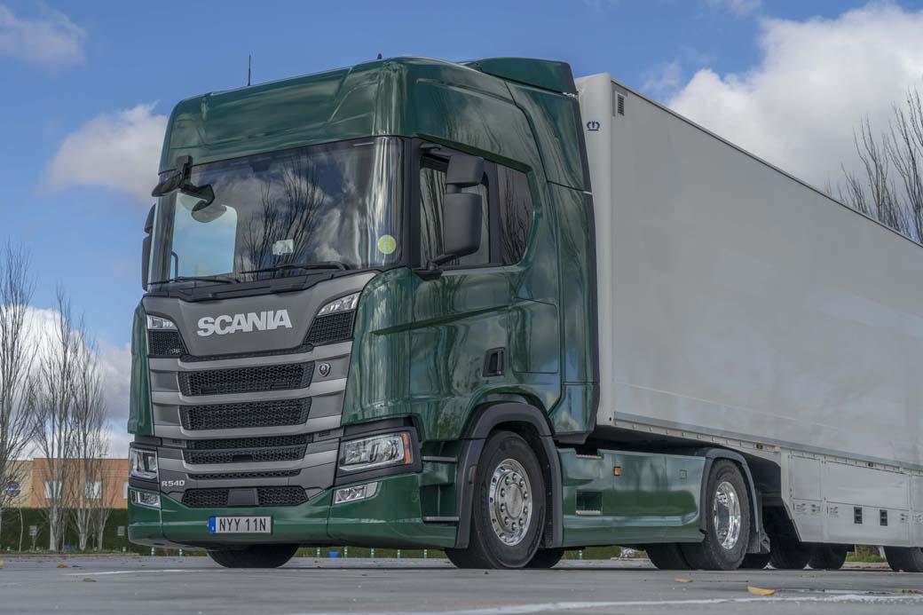 Tractora Scania R 540, dotada de la versión más potente de su motor en línea de 13 litros.