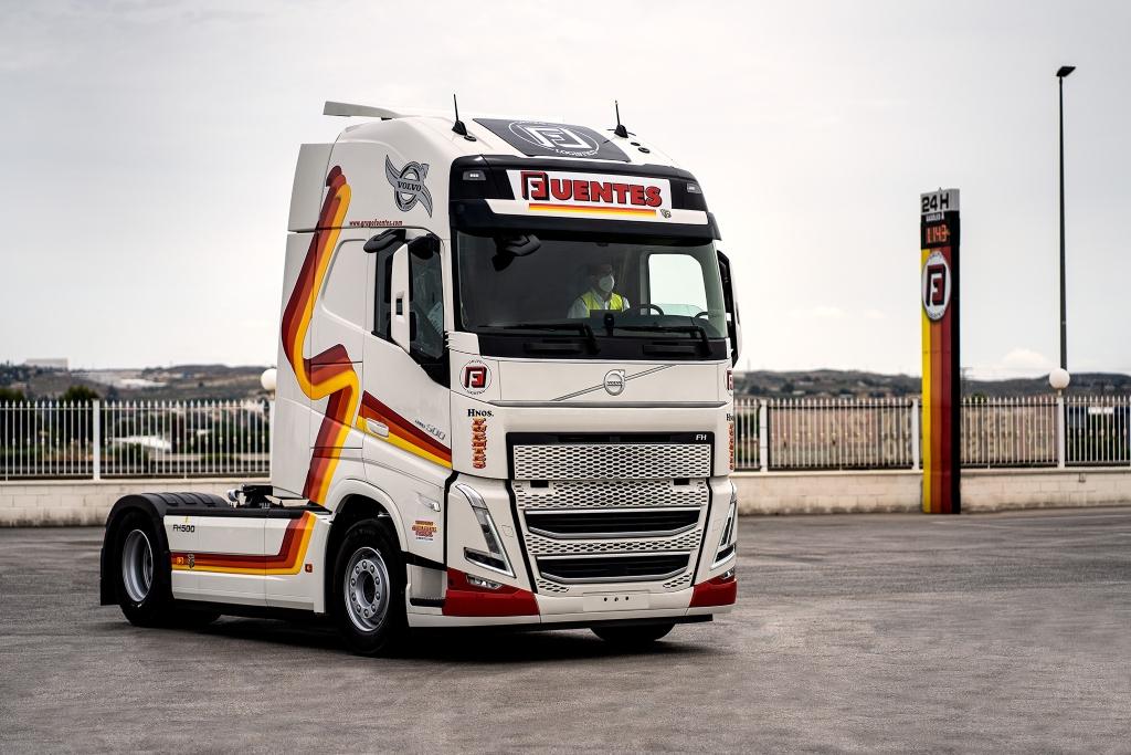 Grupo Fuentes recibe Volvo FH