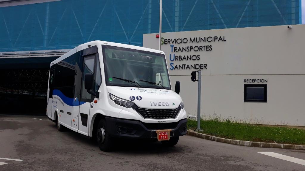 TUS prueba el microbús de Iveco