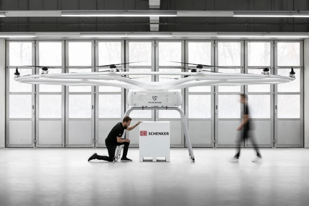 DB Schenker presenta un dron