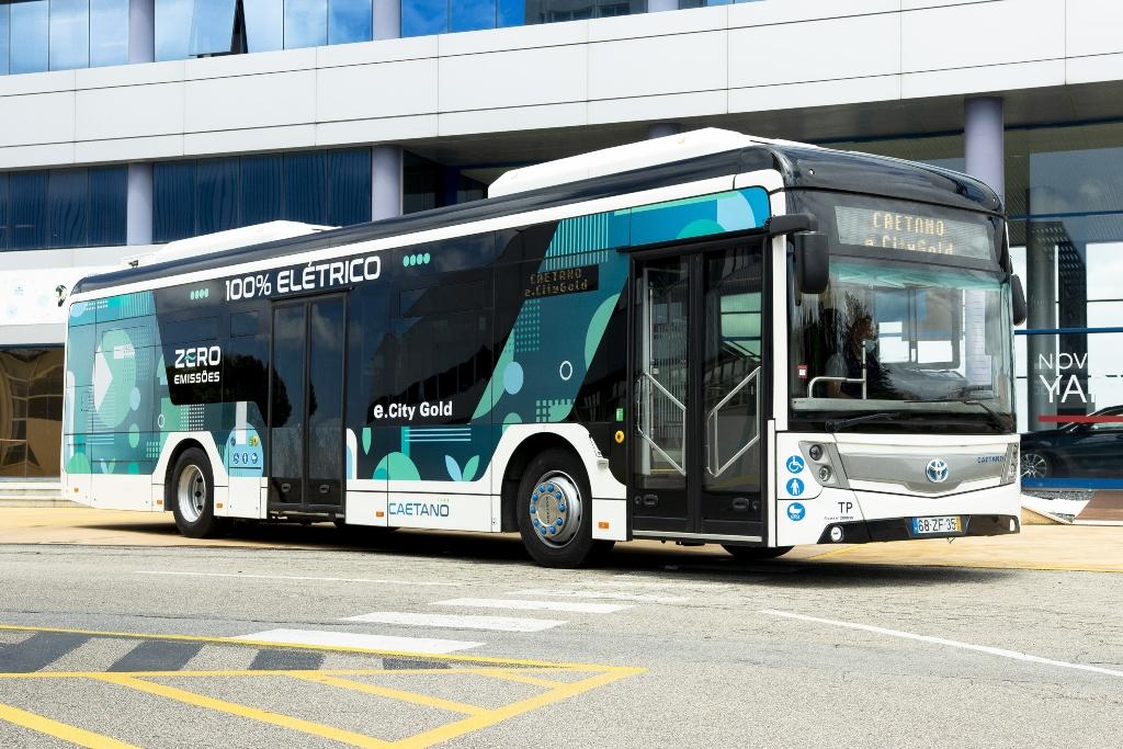 Toyota comparte marca con CaetanoBus