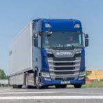 La tractora Scania S 540 con su motor de 13 litros y seis cilindros en línea se sitúa entre los camiones más eficientes del momento.