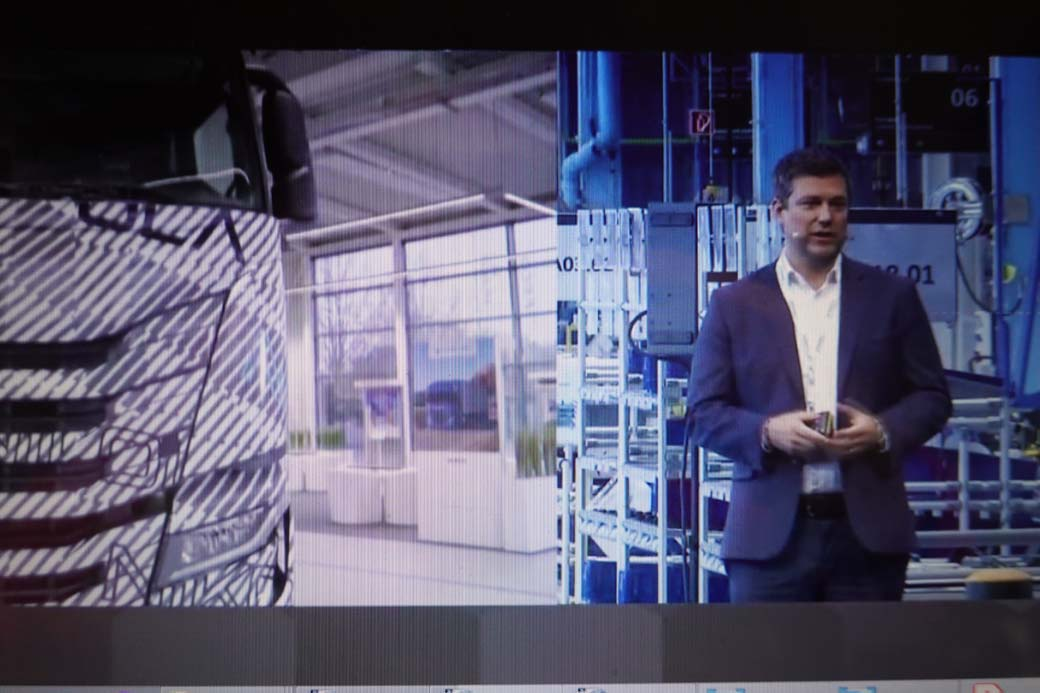 Gerrit Marx CEO de IVECO Group destacó que en 18 meses se ha puesto en marcha la factoría de ULM para el camión eléctrico Nikola Tre.